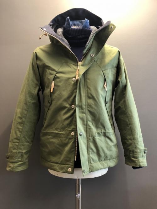 manifattura_ceccarelli_waxed_cotton_mountain_jacket